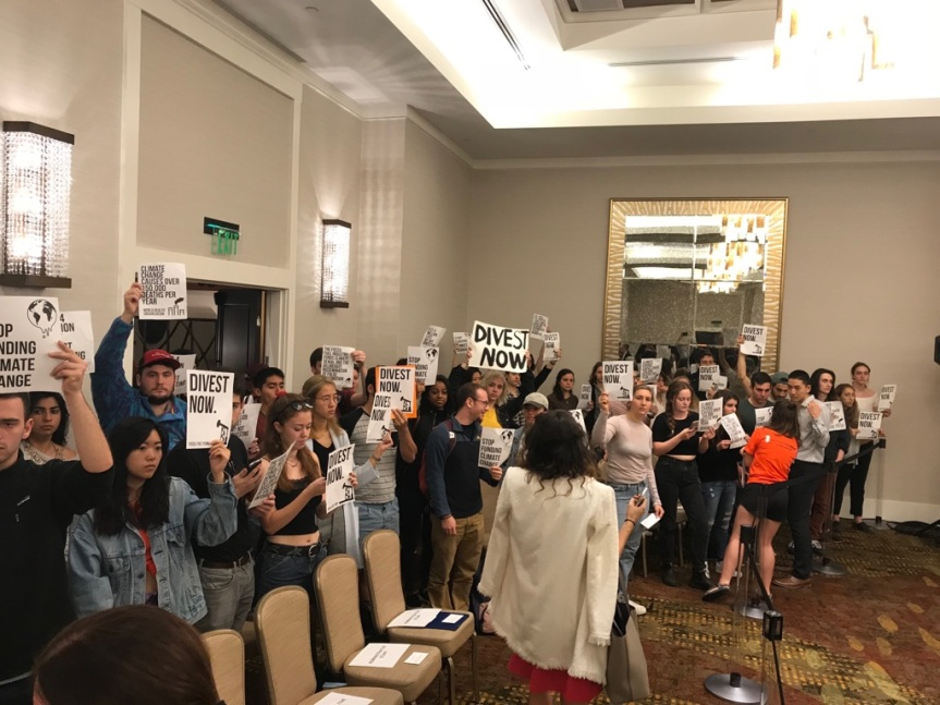 Flood the Trustees' Meeting: Fossil Free Penn Calls for Divestment