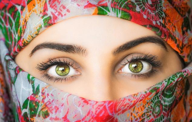 headscarf-3257307
